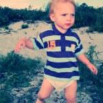 Toddler beach — Stock Photo #5461697