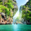 Rocks and sea in Krabi Thsiland - Stockfoto
