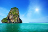 Rocks on Railay beach in Krabi Thailand — Stock Photo