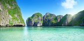 Pano of Maya bay Phi Phi island Thailand — Stock Photo