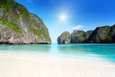 Moning in Maya bay Phi phi leh island Thailand — Stock Photo