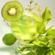Cocktail with kiwi — Stock Photo