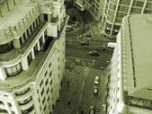 London Street among office buildings in the City - Business centre of London and UK. Aerial view. — Stock Photo