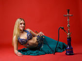 Beauty young woman with hookah — Stock Photo
