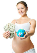 ピギー銀行と妊娠中の女性 — ストック写真