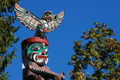 Totem shaped in Stanley park — Stock Photo