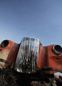 Close up of an abandoned vehicle in scenic Saskatchewan — Stock Photo