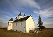 Saint Mary's Orthodox Church in scenic Saskatchewan — Stok fotoğraf