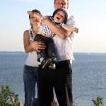 família feliz no céu — Foto Stock