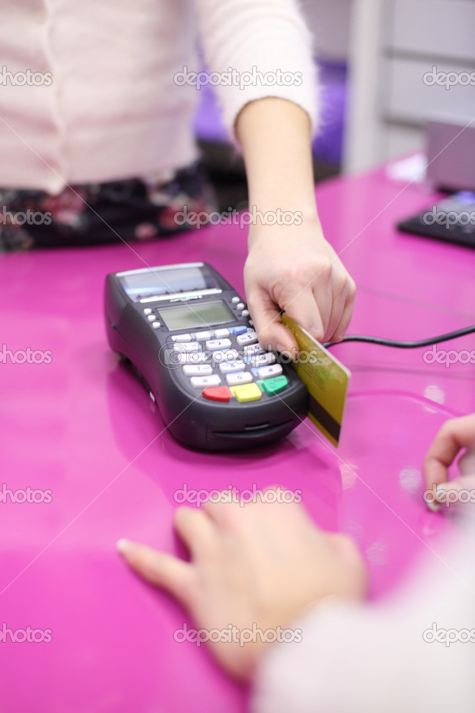 Credit card sale in shop — Stock Photo #6699706