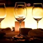 Empty glasses setting — Stock Photo #6577520