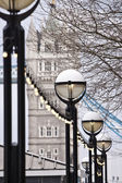 Tower Bridge and street lamps — Stock Photo