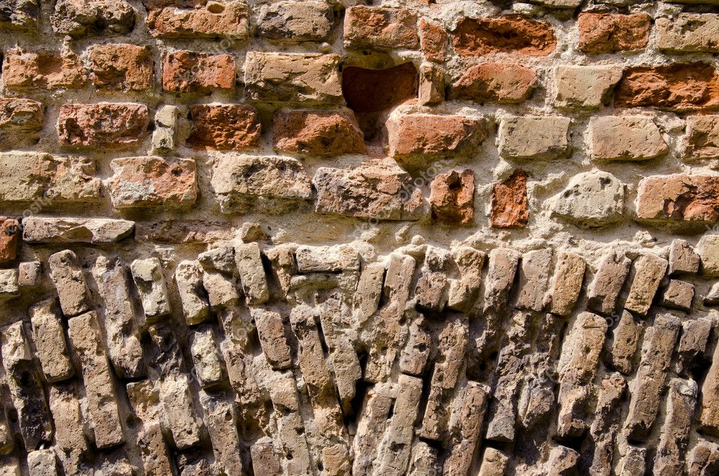 Historical bricks wall background and texture — Stock Photo #6170812