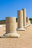 Columnas griegas en las ruinas de Ampurias — Stock Photo