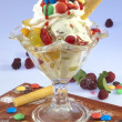 Children´s sundae w fruits — Stock Photo
