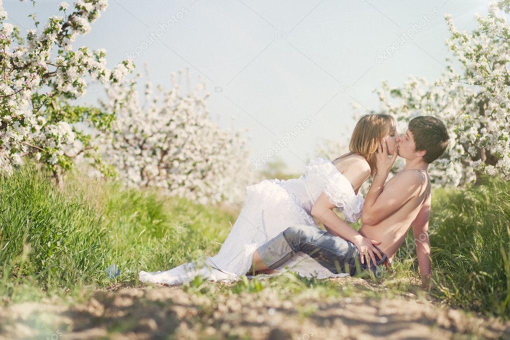 Цветы в парах фото