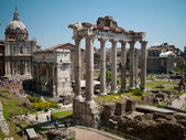 Arch antique statues in Rome — Stock Photo