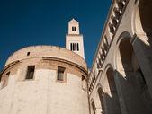 Gebäude eine katholische kathedrale in rom — Stockfoto