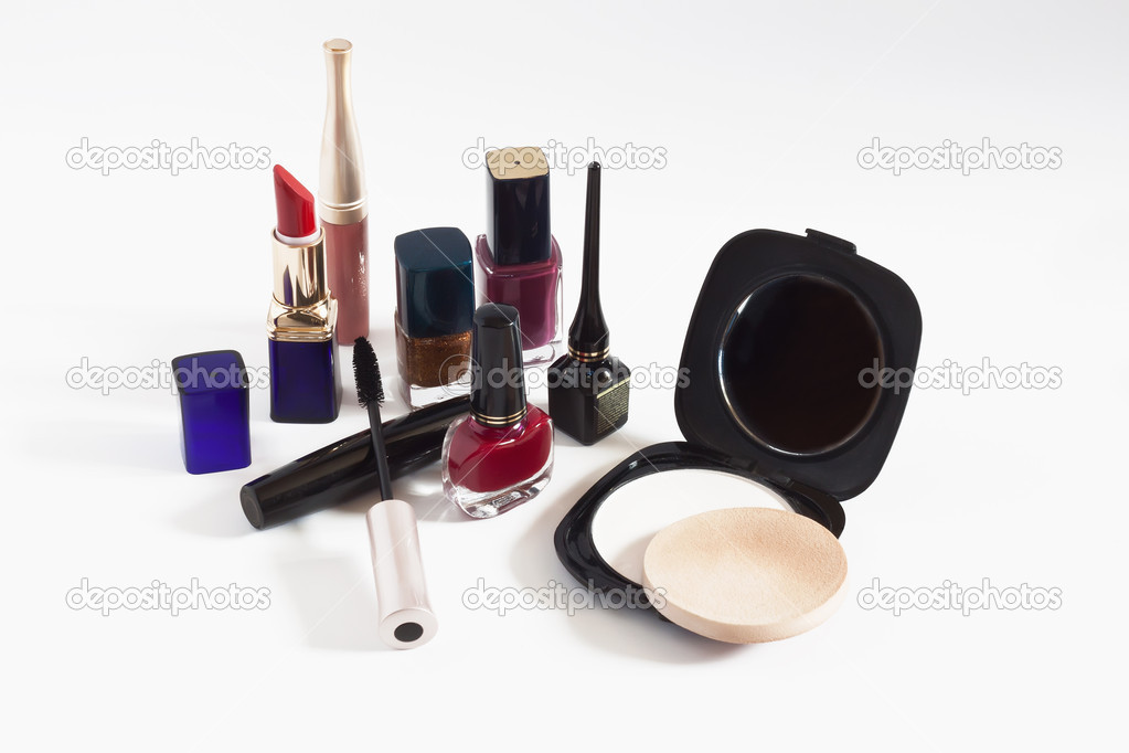 Cosmetics on a white background — Stock Photo #6355497