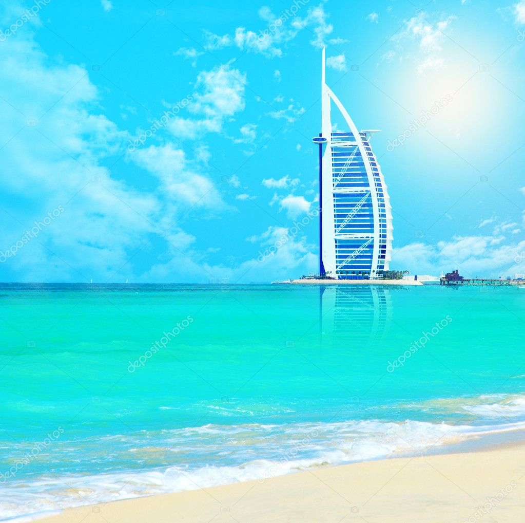 DUBAI,UAE-Nov.21:Burj Al Arab - at 321m second tallest hotel in the world, luxury hotel stands on an artificial island,Nov.21,2009 Jumeirah beach, Dubai,United  — Stock Photo #5415917