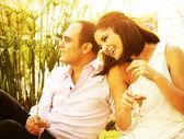 Happy couple outdoor — Stock Photo