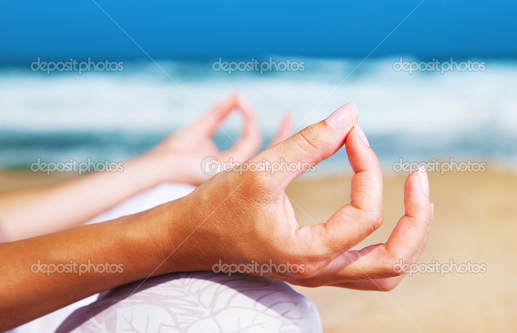 Yoga meditation on the beach, healthy female in peace, soul and mind zen balance concept — Stock Photo #6381856