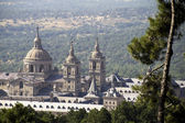 Nice view of the Palacio de Sal Lorenzo del Escorial in Madrid S — Stock Photo