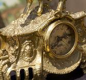 古い金の時計の最前線 — ストック写真