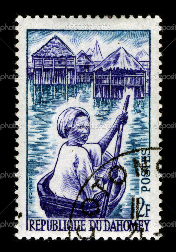 REPUBLIQUE DU DAHOMEY-CIRCA 1970:A stamp printed in REPUBLIQUE DU DAHOMEY shows image of the villagers Republique Du Dahomey, circa 1970. — Stock Photo #5916910