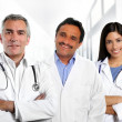 Doctors multiracial expertise indian caucasian latin — Stockfoto