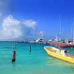 Isla Mujeres Mexico boats turquoise Caribbean sea — Stock Photo #5398993