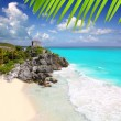 Ancient Mayruins Tulum Caribbeturquoise — Stock Photo #5399592