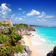 Ancient Mayan ruins Tulum Caribbean turquoise — Stock Photo #5399611