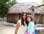 Indian mayan latin girl with her caucasian friend — Stock Photo