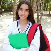 Hispanic latin teenager girl backpack in Mexico park — Stock Photo