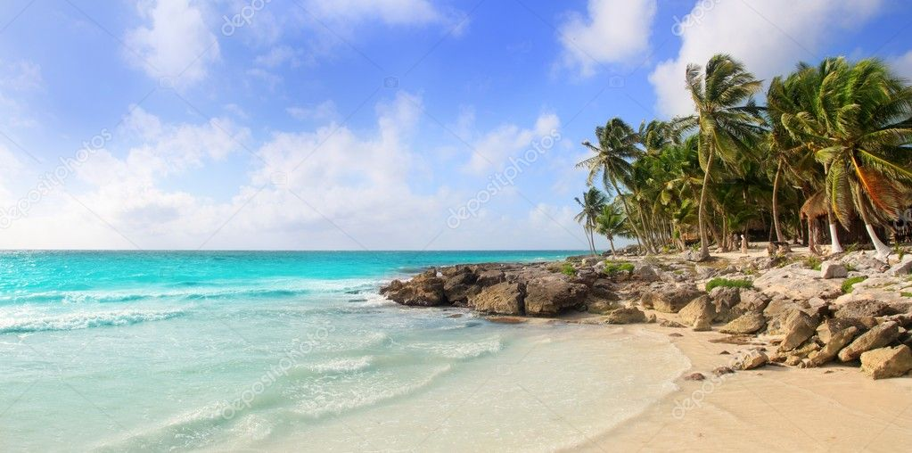 Caribbean Tulum Mexico tropical panoramic beach sunny day — Stock Photo #5399378