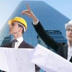 Architekt Geschäftsmann-Geschäftsfrau, Schutzhelm — Stockfoto