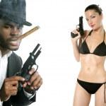 非洲裔美国黑手党人吸烟雪茄 — 图库照片