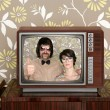 Wood old tv nerd silly couple retro man woman — Zdjęcie stockowe