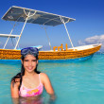 Latin beach teen girl Caribbean goggles vacation — Stock Photo