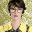 Nerd woman retro portrait 70s wallpaper — Stock Photo