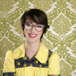 Foto Stock: Nerd womretro portrait 70s wallpaper