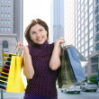 Shopper woman shopping on the city — Stock Photo