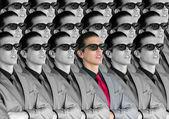 Sinemada çocuk seyirci ile yeni 3d gözlük — Stok fotoğraf