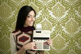Papel de parede de calculadora de mulher contabilista retrô — Foto Stock