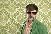 Degenerat retro sprzedawca człowiek wąs zabawny — Zdjęcie stockowe