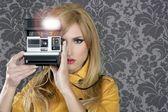 Fashion photographer retro camera reporter woman — Stock Photo