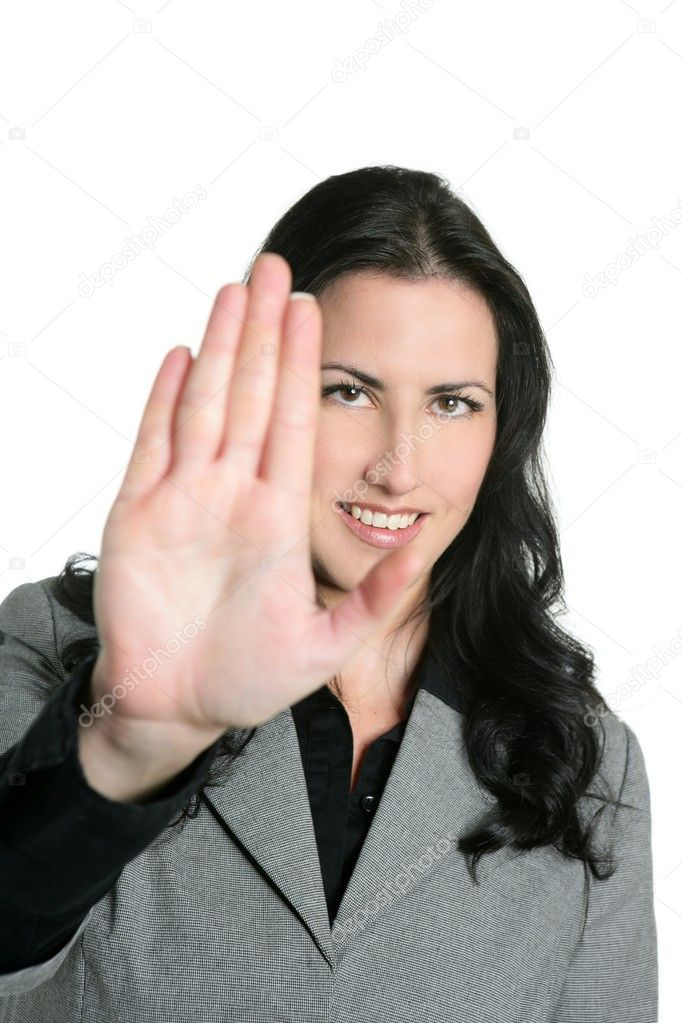 Women tend to have longer fingers compared to men.