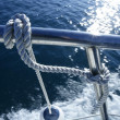 Marine fender knot around boat lee - 图库照片