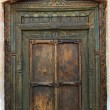 Ancient eastern indian wooden door — ストック写真